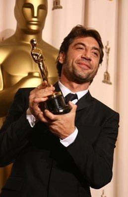 Oscar 2008: Javier Bardem è il vincitore dell'Oscar come miglior attore non protagonista per Non è un paese per vecchi