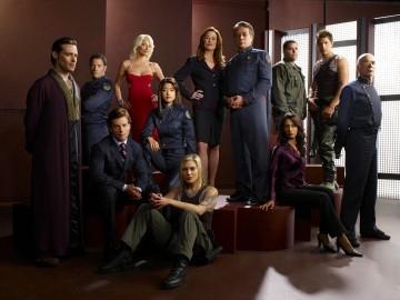 Il cast della quarta stagione di Battlestar Galactica in uno scatto promozionale