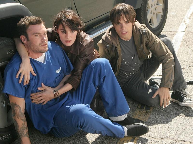 Lena Headey, Brian Austin Green e Thomas Dekker in 'Queen's Gambit', quinto episodio di Sarah Connor Chronicles
