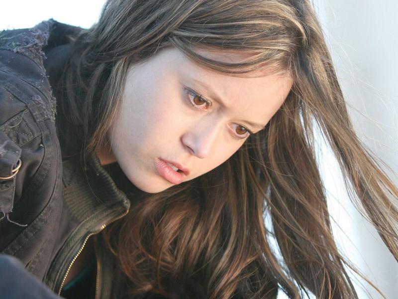 Summer Glau in una scena di 'Queen's Gambit', quinto episodio di Sarah Connor Chronicles