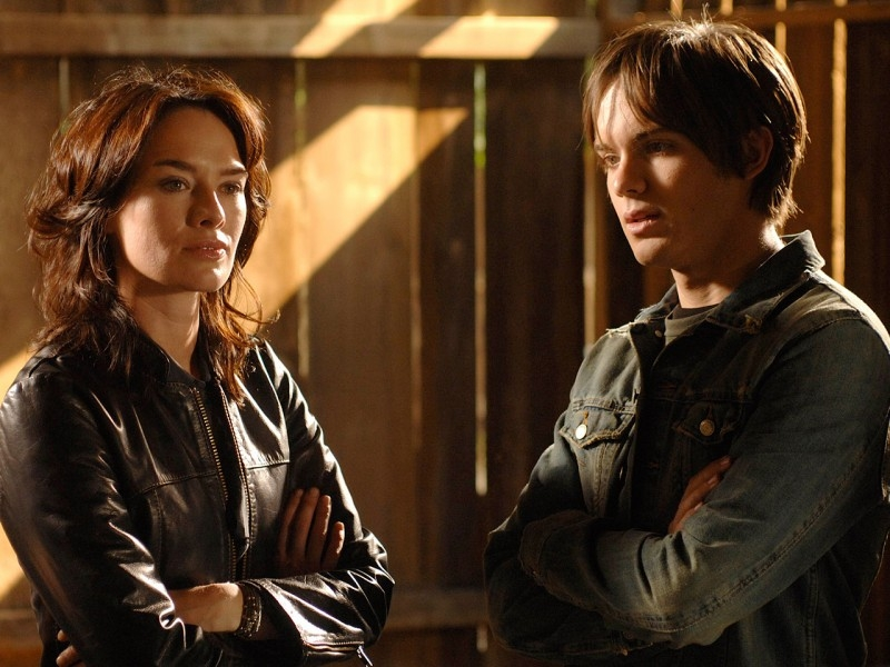 Thomas Dekker e Lena Headey in 'What He Beheld', nono episodio di Sarah Connor Chronicles