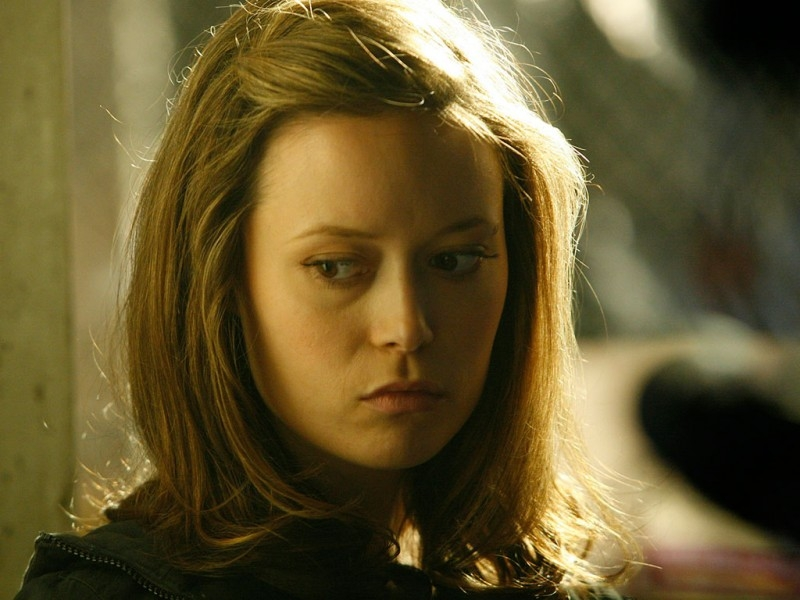 Un primo piano di Summer Glau in 'Heavy Metal', quarto episodio di Sarah Connor Chronicles