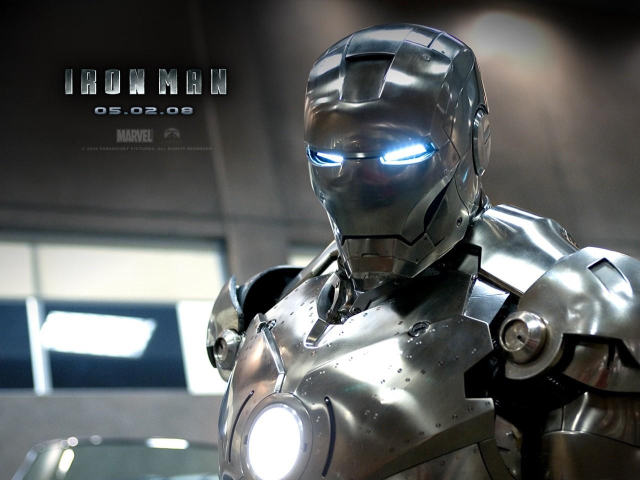 Wallpaper del film Iron Man con il protagonista