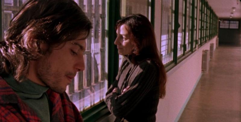 Nicola Adamo e Valentina Carnelutti in una sequenza del film Jimmy della Collina