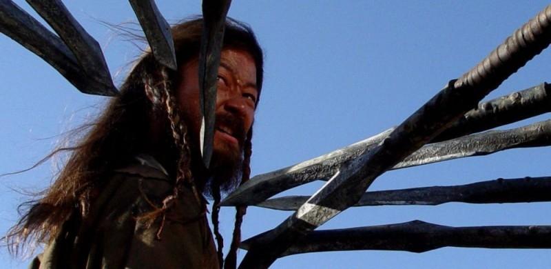Tadanobu Asano in una sequenza del film Mongol