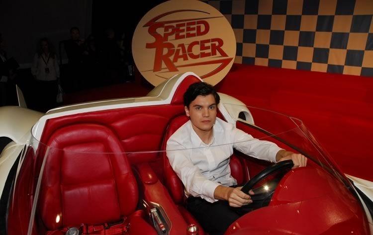 Emile Hirsch in una foto promozionale del film Speed Racer
