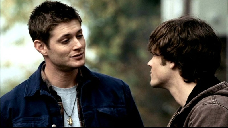 Jared Padalecki e Jensen Ackles in una scena di 'Skin' di Supernatural