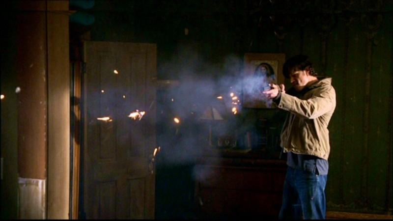 Jared Padalecki fa fuoco contro lo spirito dell'Uomo Uncino in 'Hookman'