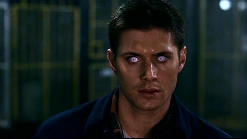 Jensen Ackles nei panni del mutaforma che ha assunto l'aspetto di Dean Winchester in 'Questione di pelle'