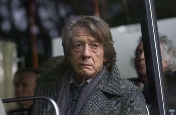 John Hurt in un'intensa scena del film Oxford Murders - Teorema di un delitto