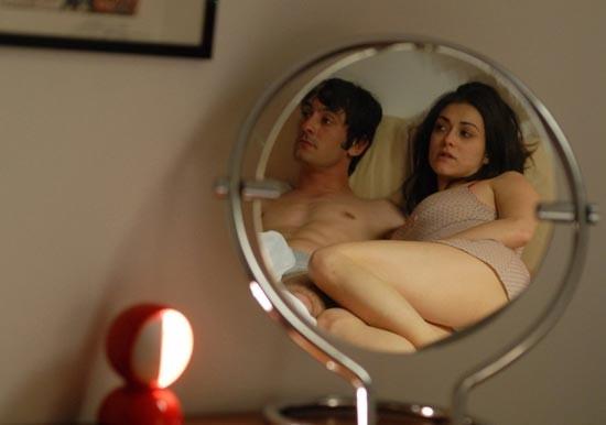 Marco Foschi e Valentina Lodovini in una scena del film Riprendimi