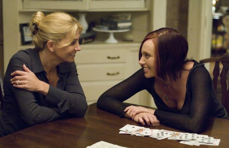 Natasha Richardson e Toni Collette in una scena del film Un amore senza tempo