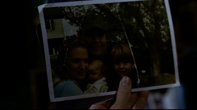 Una foto della famiglia Winchester prima che venisse distrutta dalla tragedia, nell'episodio 'Ritorno a casa'
