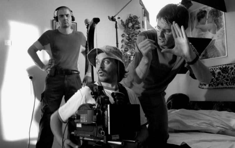 In immagine dal set del film Gucha