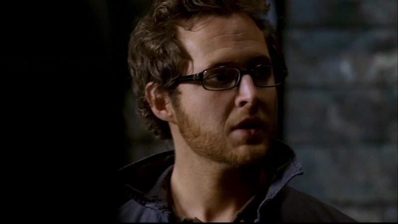 A.J. Buckley nel ruolo di Ed Zeddmore,  uno degli acchiappafantasmi imbranato dell'episodio 'La casa infernale' di Supernatural