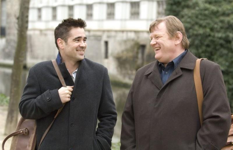 In Bruges: Brendan Gleeson e Colin Farrell in una scena del film