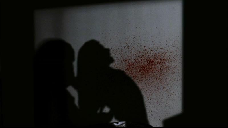 I Demoni Ombra aggrediscono una vittima nell'episodio 'Ombre' di Supernatural