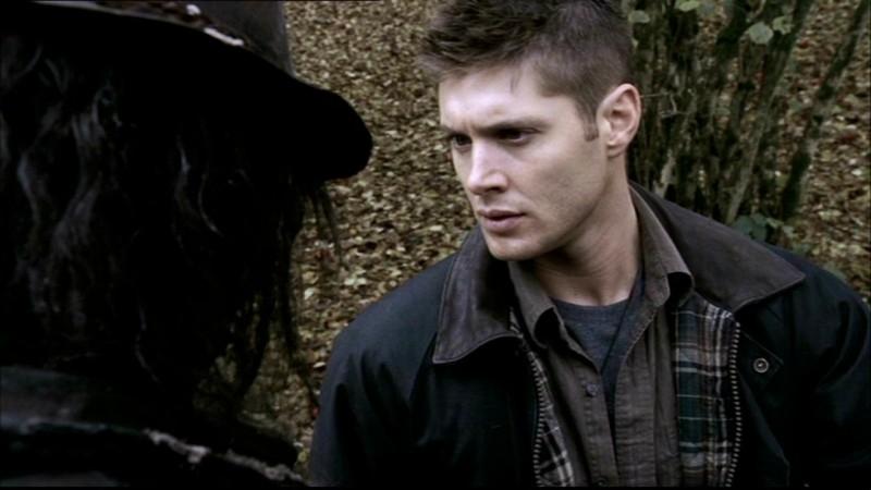 Jensen Ackles con Mike Carpenter nell'episodio 'Lo spaventapasseri' nella serie Supernatural