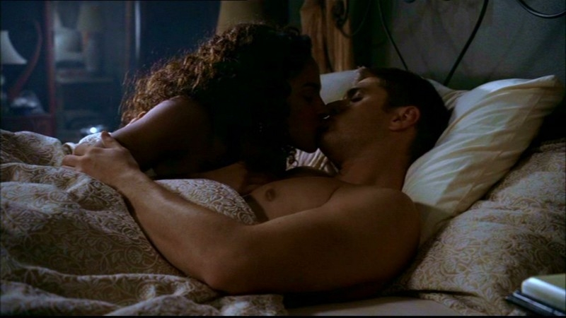 Megalyn Echikunwoke e Jensen Ackles nell'episodio 'Route 666' di  Supernatural