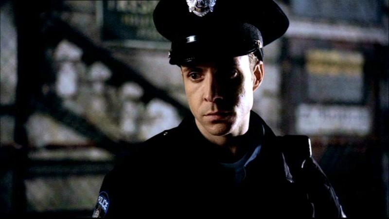 Peter Benson interpreta il Tenente Walter Kelly nella serie Supernatural, episodio 'Asylum'