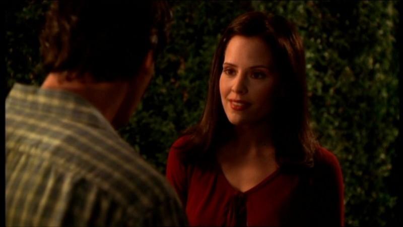 Emma Caulfield in una scena dell'episodio 'L'accecante luce del giorno' della quarta stagione di Buffy - L'ammazzavampiri