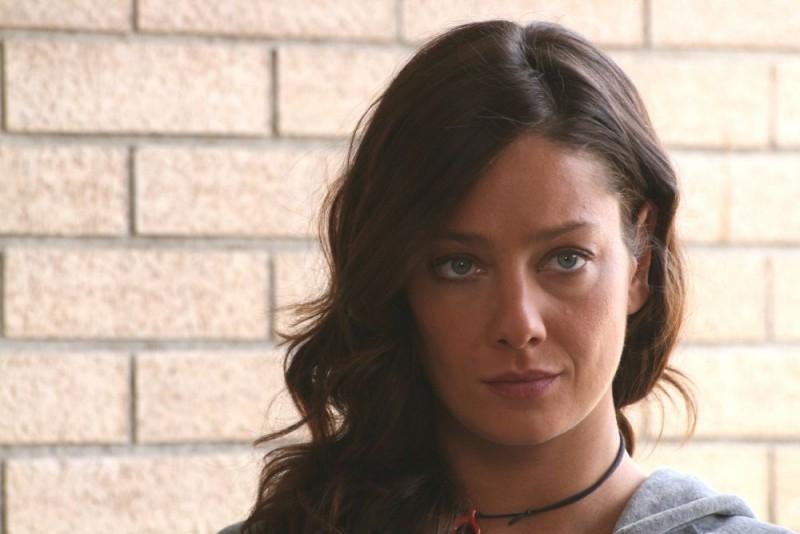 Una splendida Giovanna Mezzogiorno in una sequenza del film L'amore non basta