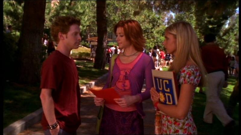 Seth Green, Sarah Michelle Gellar e Alyson Hannigan in una sequenza dell'episodio 'La matricola' della quarta stagione di Buffy - L'ammazzavampiri