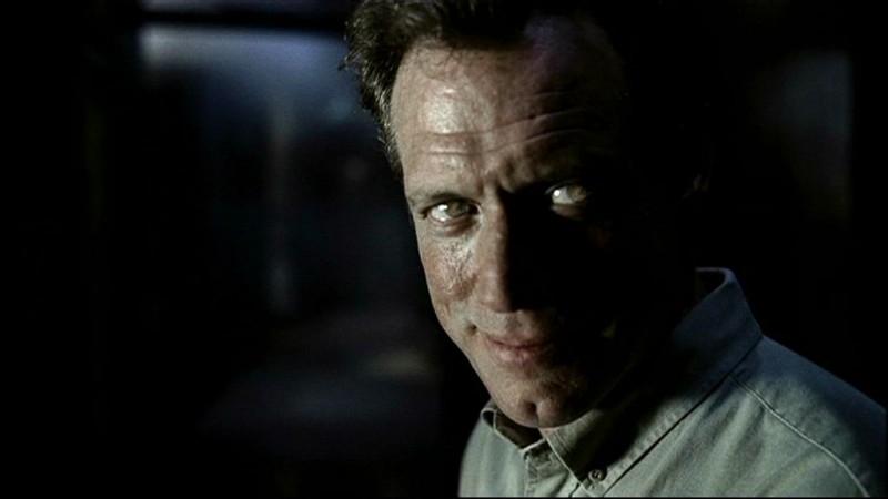 Fredric Lehne nel ruolo del Demone responsabile della morte di Mary Winchester, nell'episodio ''Tra la vita e la morte'' di Supernatural