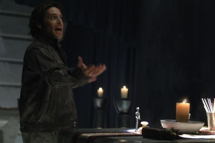 James Callis in una scena dell'episodio 'Escape Velocity' della quarta stagione di Battlestar Galactica