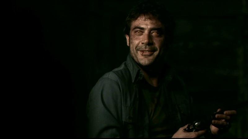 Jeffrey Dean Morgan, nei panni di John Winchester posseduto da un demone, nell'episodio 'La trappola del diavolo' di Supernatural