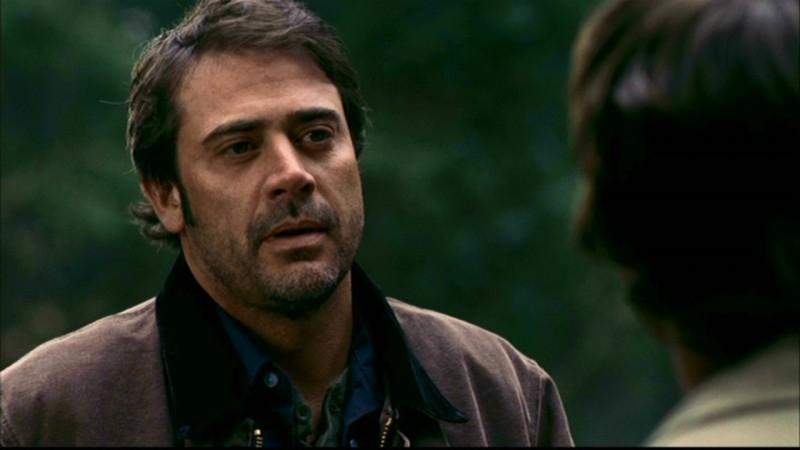 Jeffrey Dean Morgan è John Winchester, nell'episodio 'Una pistola dal passato' di Supernatural