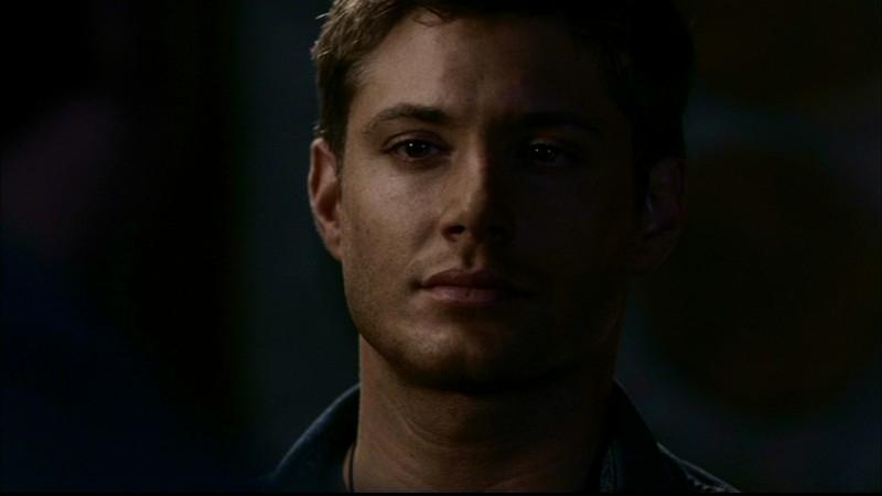 Jensen Ackles nell'episodio 'Una pistola dal passato' di Supernatural (prima stagione)