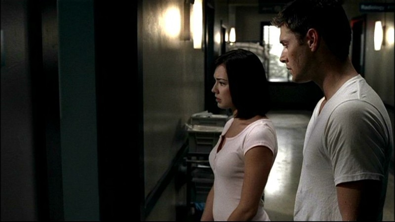 Lindsey McKeon accanto a Jensen Ackles, nell'episodio 'In my time of dying' del serial Supernatural