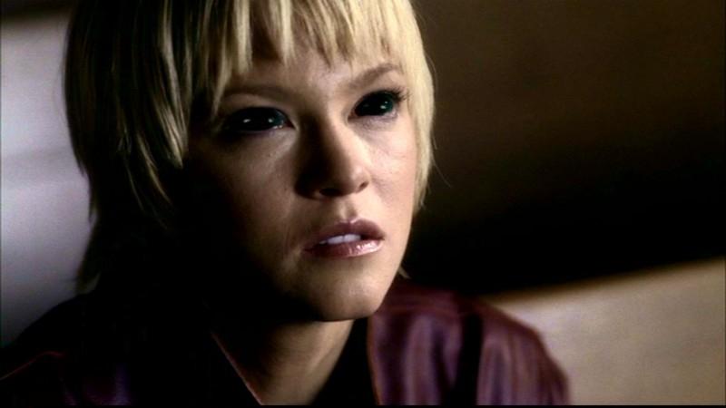 Nicki Lynn Aycox, interpreta Meg, una ragazza posseduta, nell'episodio 'Una città da salvare' di Supernatural