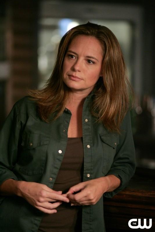 Samantha Ferris nel ruolo di Ellen nell'episodio 'Everybody loves a Clown', della serie Supernatural