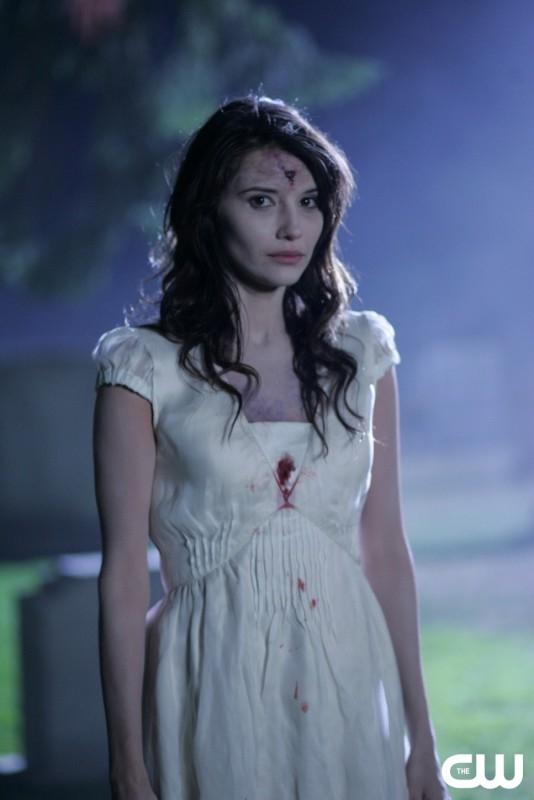 Tamara Feldman nel ruolo di Angela, uno zombie nell'episodio 'Children shouldn't play with dead things' di Supernatural