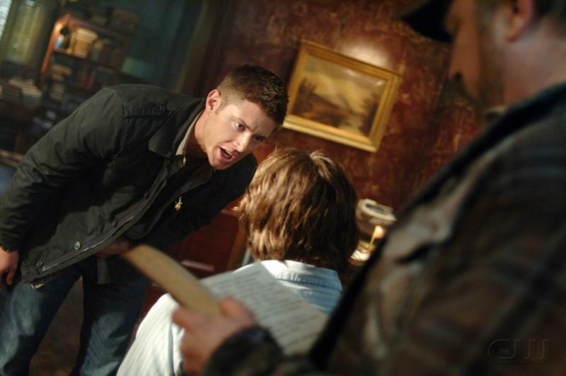 Padalecki e Ackles con Jim Beaver , nell'episodio 'Born under a bad sign' della serie tv Supernatural