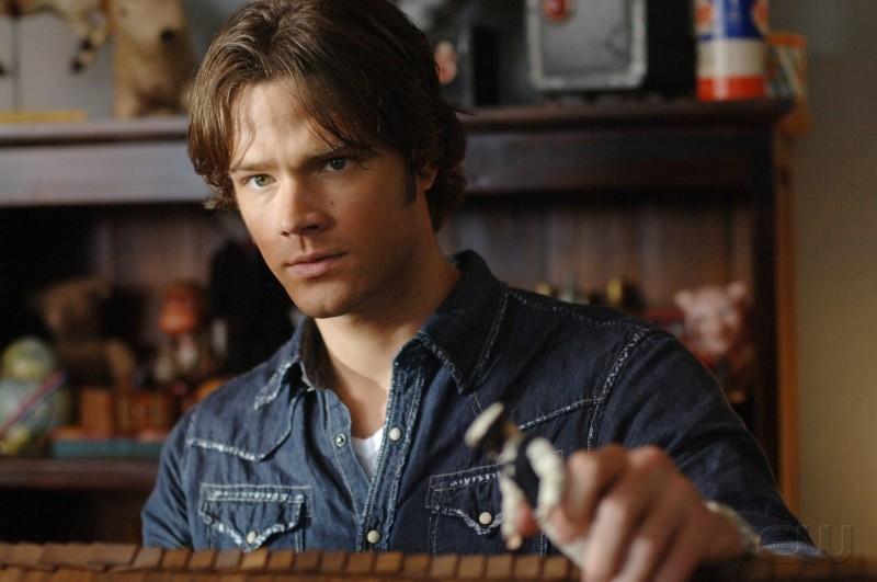 Jared Padalecki nel ruolo di Sam Winchester nell'episodio 'La casa delle bambole' della serie Supernatural