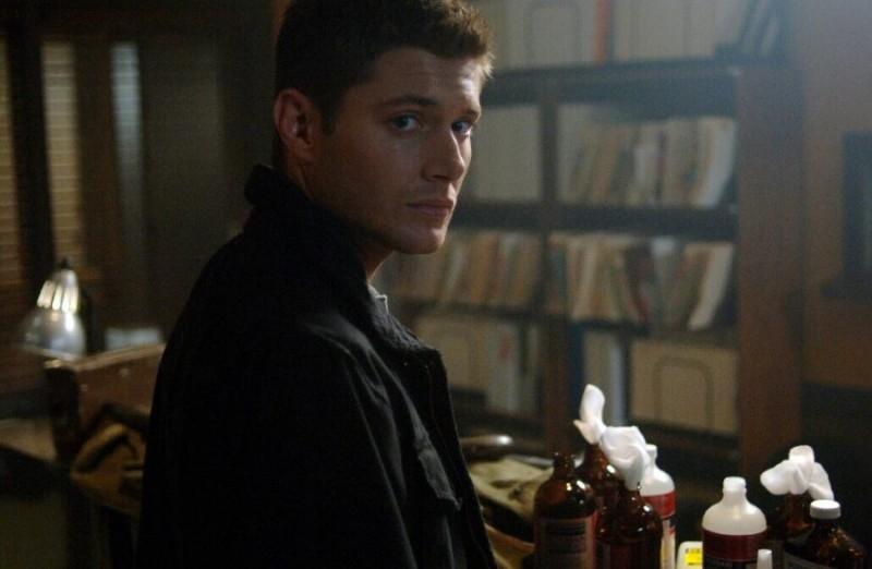 Jensen Ackles nel ruolo di Dean Winchester nell'episodio 'Croatoan' della serie Supernatural