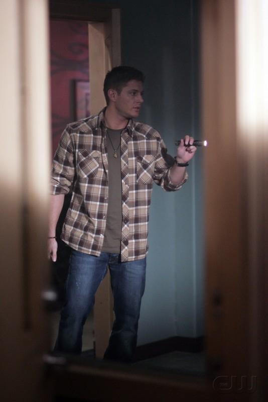 Jensen Ackles nel ruolo di Dean Winchester nell'episodio 'Nightshifter' della serie tv Supernatural
