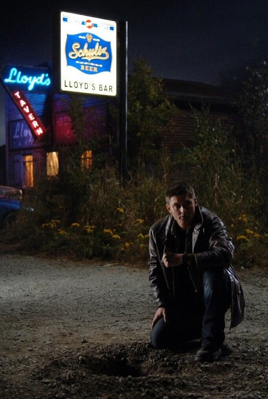 Jensen Ackles nell'episodio 'Crossroad Blues' della serie Supernatural