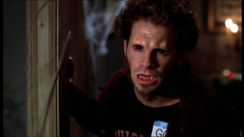 Seth Green in una scena dell'episodio 'Il sapore del terrore' della quarta stagione di Buffy - L'ammazzavampiri