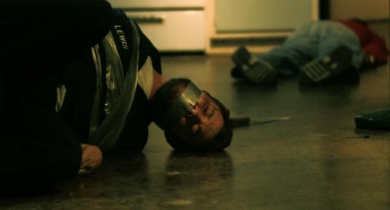 Scott Poythress in una scena di The Signal