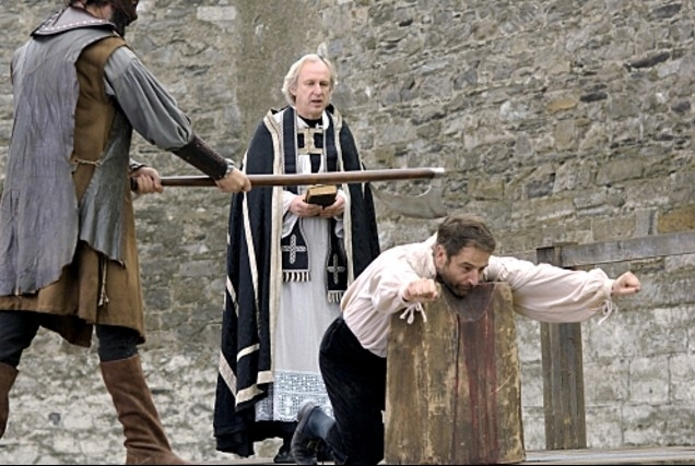 Jeremy Northam in un momento drammatico di The Tudors