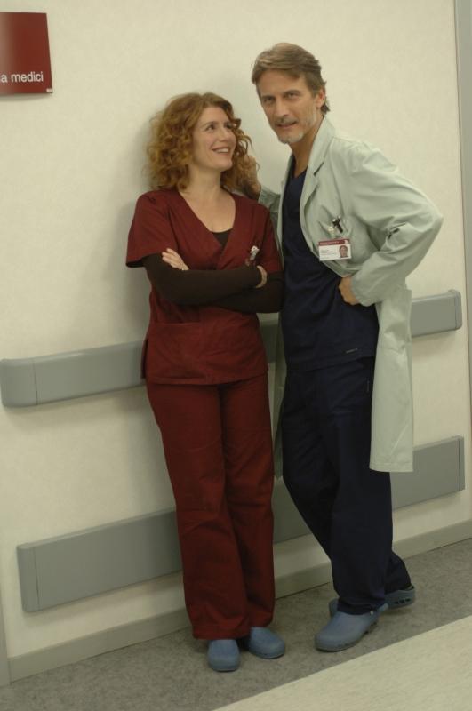 Daniela Scarlatti e Cesare Bocci in una scena di Terapia d'urgenza