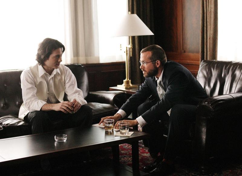 Mike Erwin e Ryan Reynolds in una scena del film Chaos Theory
