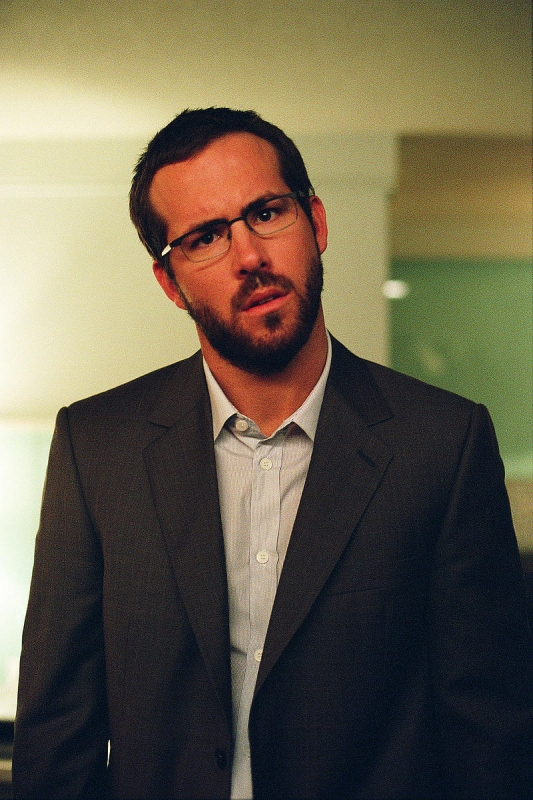 Ryan Reynolds interpreta Frank Allen nel film Chaos Theory