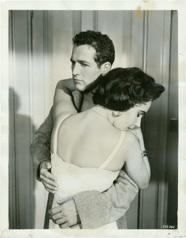 Paul Newman e Liz Taylor in una foto promozionale per La gatta sul tetto che scotta