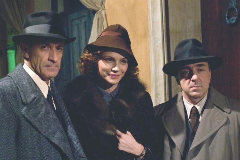 Ezio Greggio, Francesca Neri e Silvio Orlando sul set del film Il papà di Giovanna.