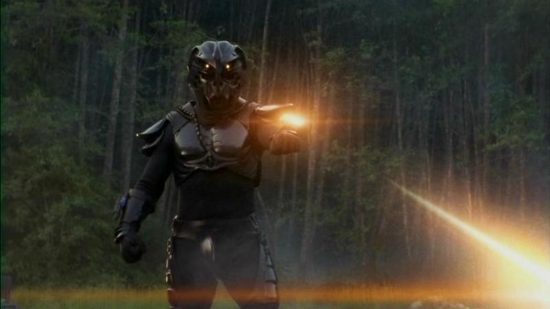 Uno dei temibili supersoldati di Anubis, uno dei nemici più pericolosi e potenti dell'SG-1 nella settima stagione della serie Stargate SG-1, episodio: Evoluzione (parte1)